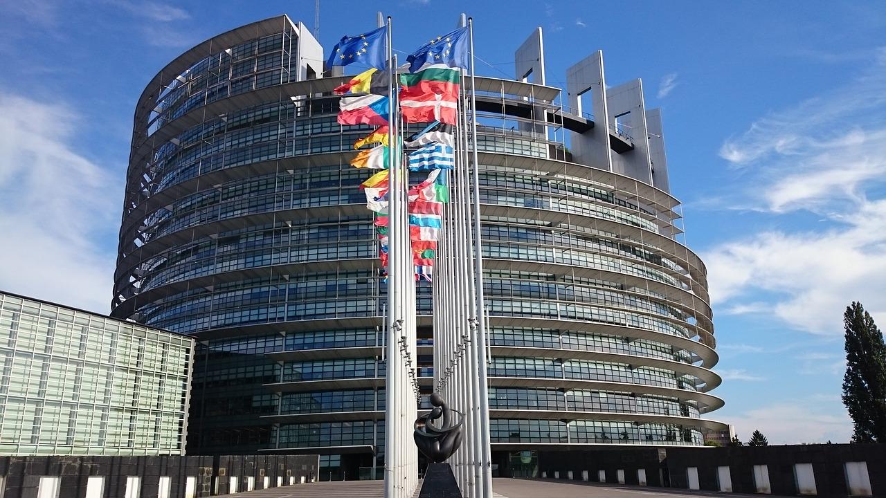 parliament-1564427_1280