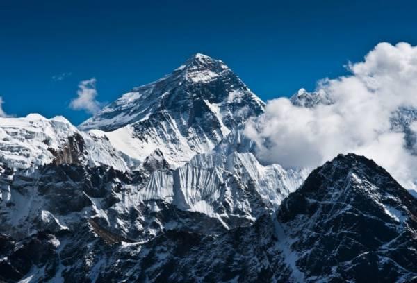 Връх Еверест - 8848м